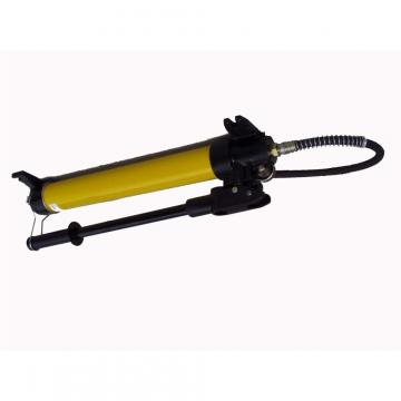 Pressa idraulica con pompa idropneumatica a pedale OMCN da 10 a 50 Ton.